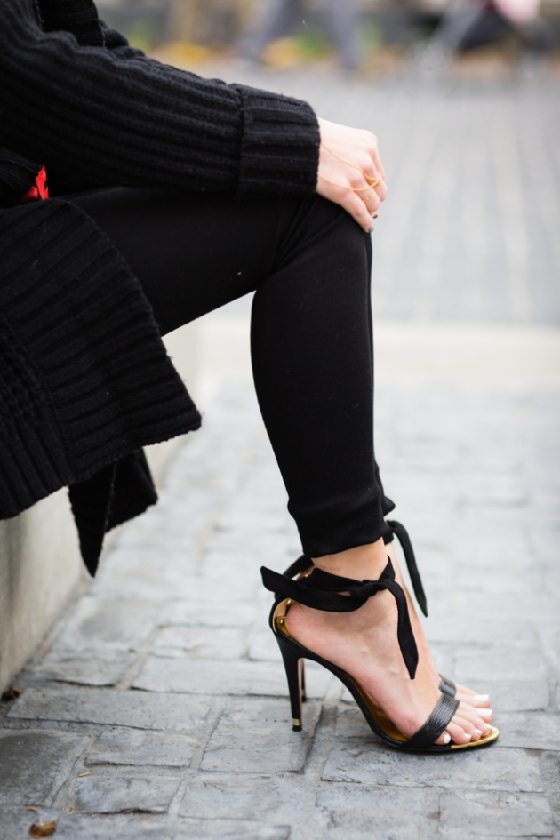 ted_baker_black_sandals_1