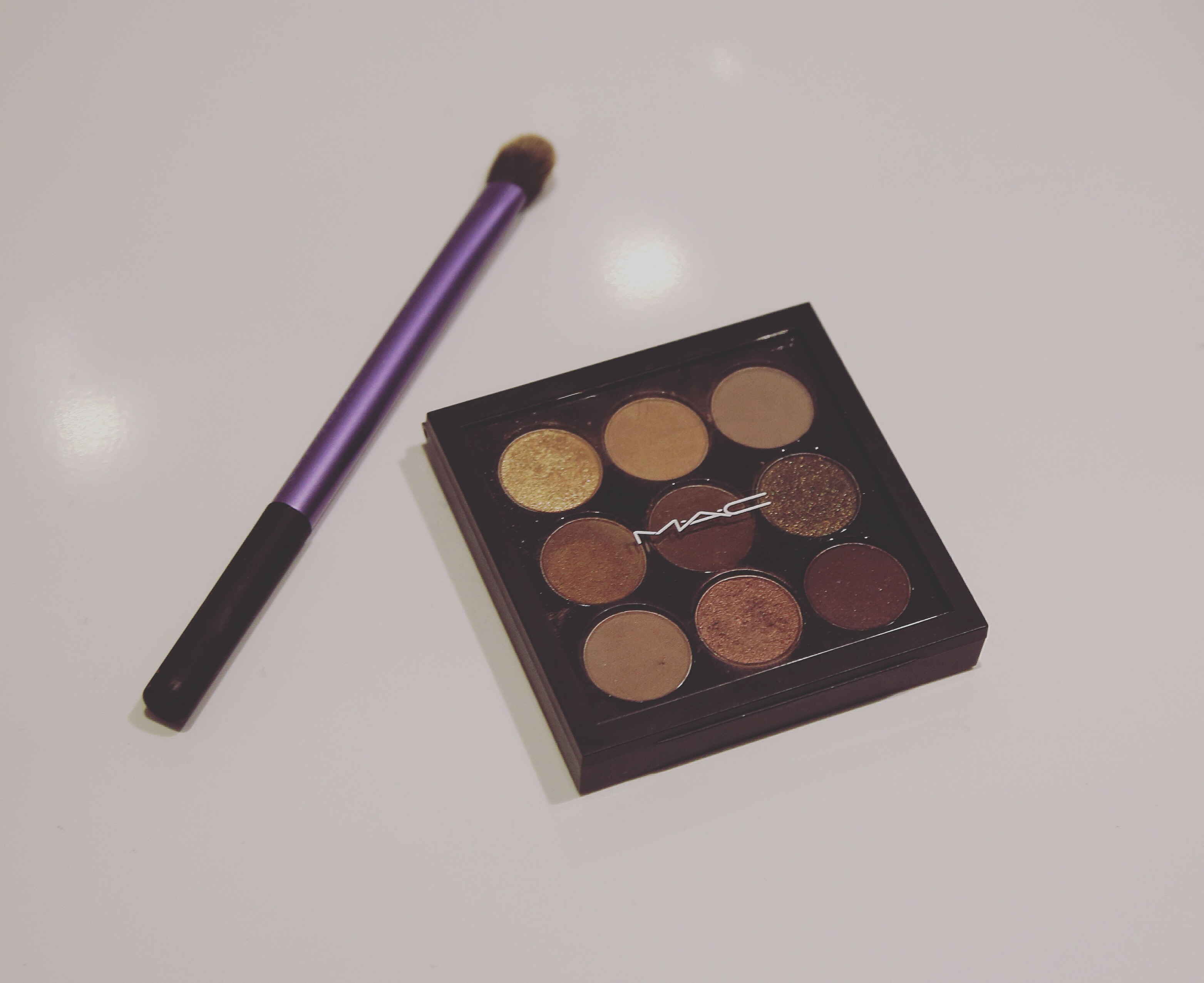 MAC Burgundy Times Nine Palette
