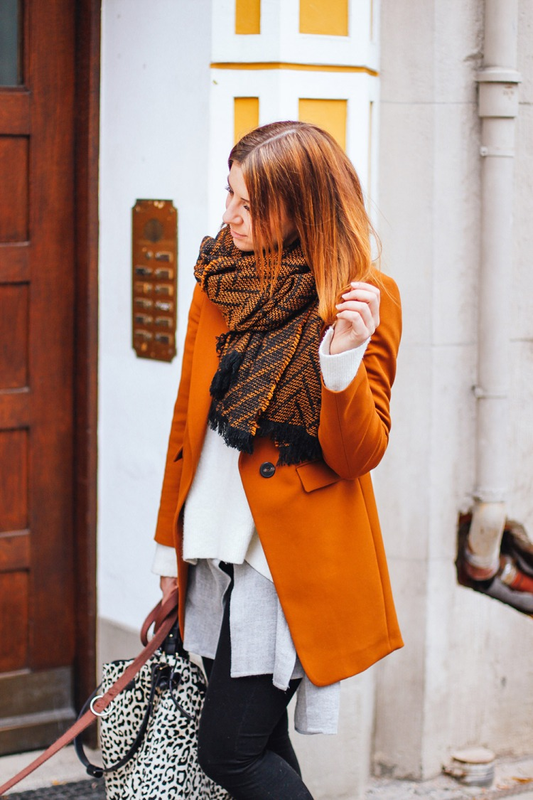 whoismocca-modeblogger-fashionblogger-cognac-blazer-zara-vic-matie-slipper-nieten-layering-lagenlook-muenchen-streetstyle-6