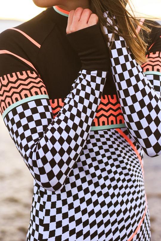Thankfifi-Beach-running-in-Sweaty-Betty-base-layers-Troon-beach-14_thumb