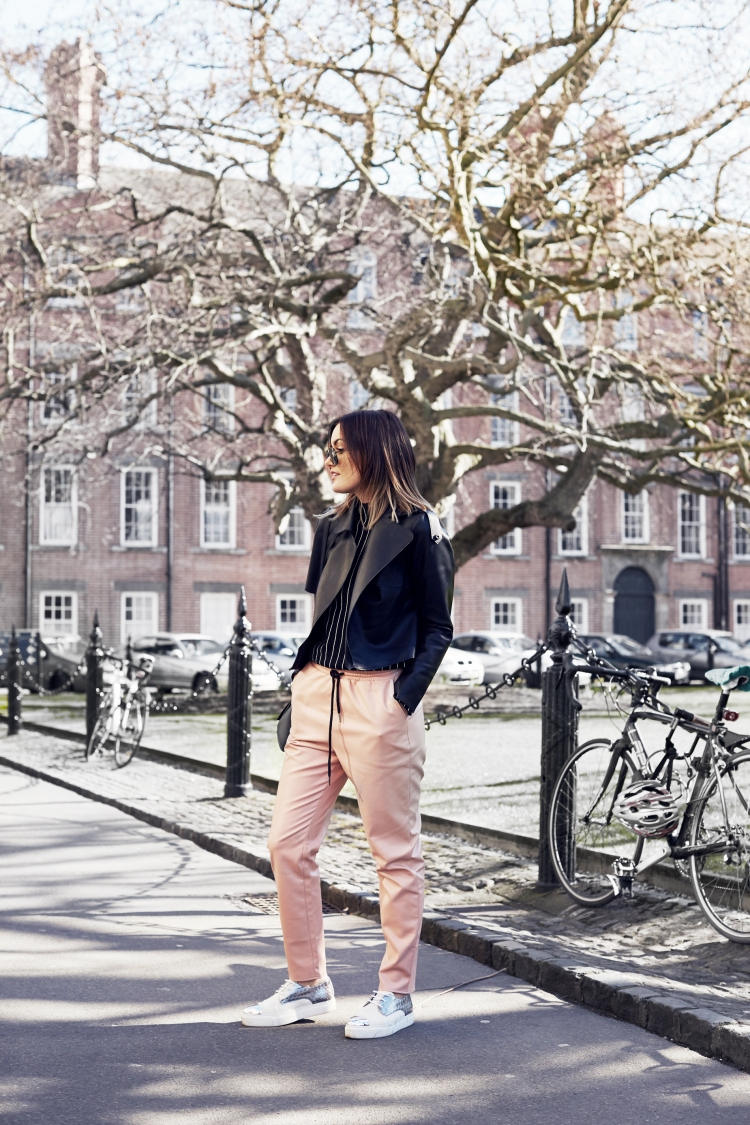 anouskaproettabrandon_trinitycollege_pinkmissguided_trousers