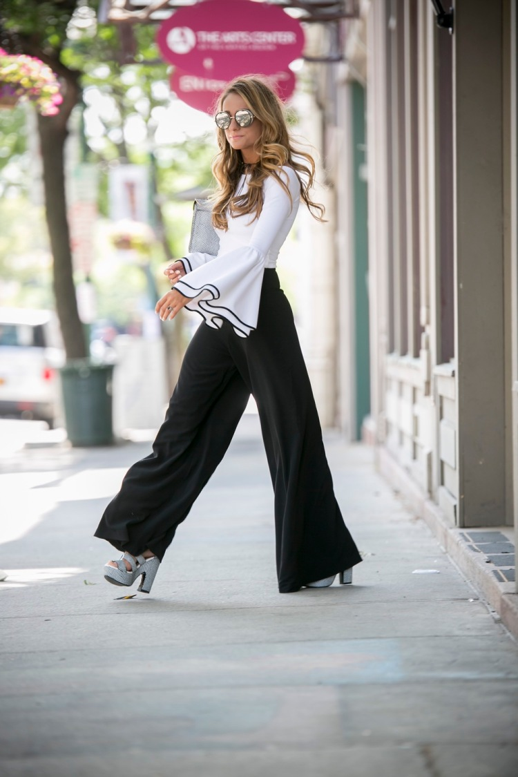 bell+sleeves+and+wide+leg+trousers