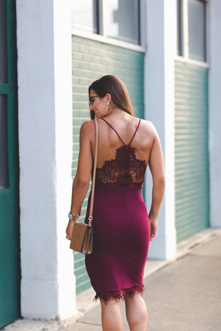 burgundy-pencil-midi-dress-6