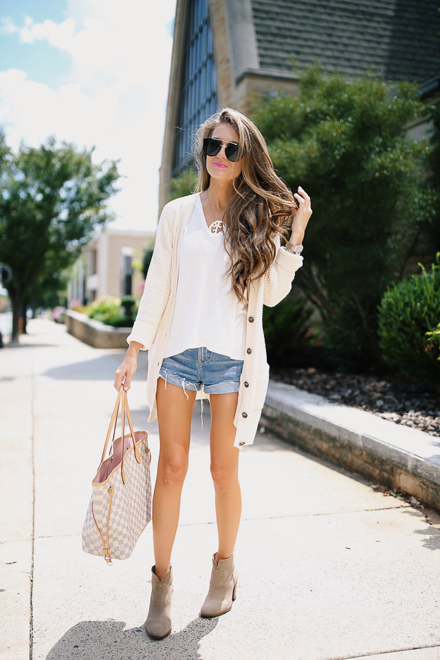 how to wear a sweater with shorts (6 of 13)
