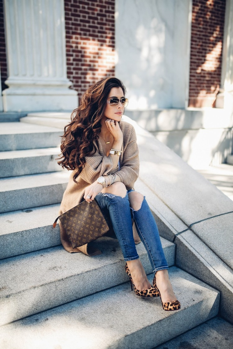 the-sweetest-thing-blog-emily-gemma-travel-blogger-pinterest-fall-fashion-pinterest-cute-fall-outfits-cardigan-and-heels-outfits-leopard-print-so-kate-lv-toiletry-26-4