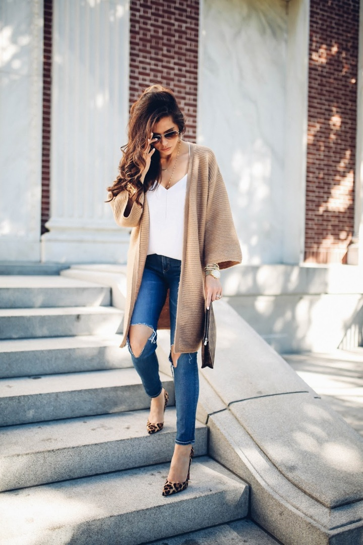 the-sweetest-thing-blog-emily-gemma-travel-blogger-pinterest-fall-fashion-pinterest-cute-fall-outfits-cardigan-and-heels-outfits-leopard-print-so-kate-lv-toiletry-26-6
