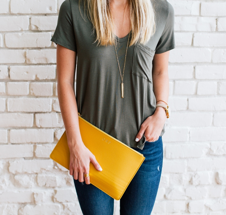 livvyland-blog-olivia-watson-gigi-new-york-saffron-mustard-yellow-clutch-fall-boho-acl-outfit-inspiration-chelsea-laine-francis-photography-7