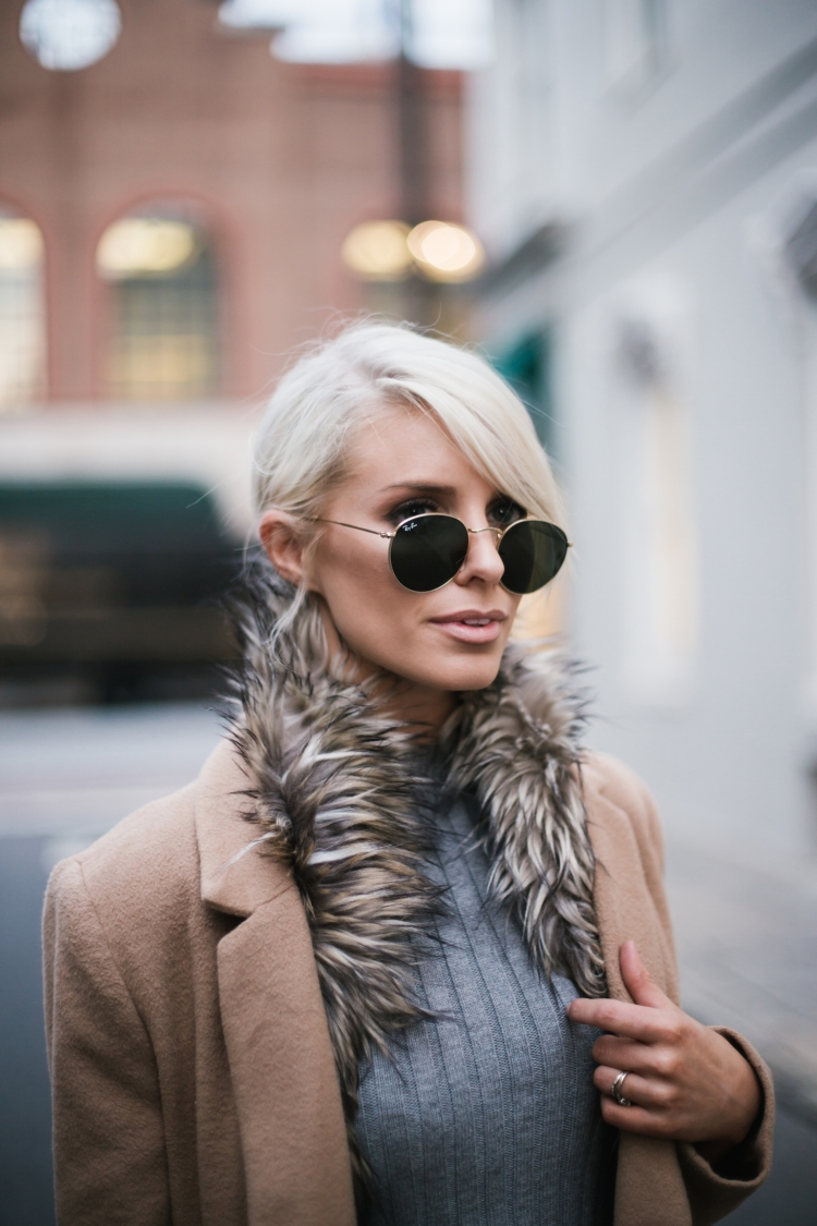 faux-fur-stole-camel-coat-grey-ribbed-top-blogger-street-style
