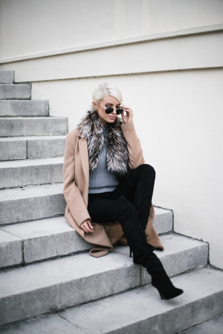 faux-fur-stole-camel-coat-grey-ribbed-top-blogger-street-style6